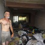 BOMBEROS Y PROTECCIÓN CIVIL DE CALVILLO RESCATAN PEPENADOR QUE VIVÍA EN SU DOMICILIO CON 100 RATAS