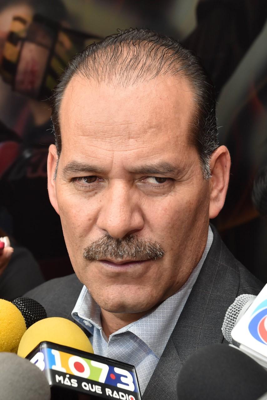INSTRUYE GOBERNADOR A COMITIVA PARA QUE BRINDE ATENCIÓN A MIGRANTES AFECTADOS EN TEXAS
