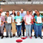 GOBIERNO DEL ESTADO Y SEDATU BRINDAN CERTEZA JURÍDICA A FAMILIAS CON 300 TÍTULOS DE PROPIEDAD Y 162 CUARTOS ADICIONALES