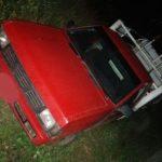 Detienen  a tres personas a bordo de un vehículo con reporte de robo
