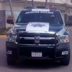 Dos sujetos que conducían un vehículo con reporte de robo