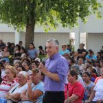 EL PROGRAMA CRECER CON VALORES CONTRIBUYE AL FORTALECIMIENTO DE LAS FAMILIAS