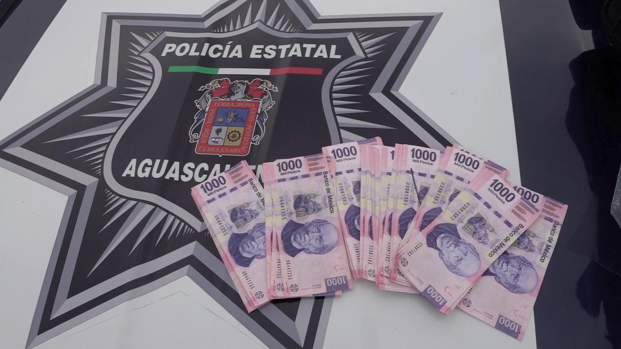 BANDA DE PRESUNTOS ESTAFADORES, FUERON DETENIDOS POR ELEMENTOS DE LA SSPE Y LA POLICIA MUNICIPAL DE CALVILLO