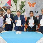 El gobierno municipal de Calvillo y la Universidad Cuauhtémoc firmaron un convenio de colaboración para beneficio de los empleados municipales