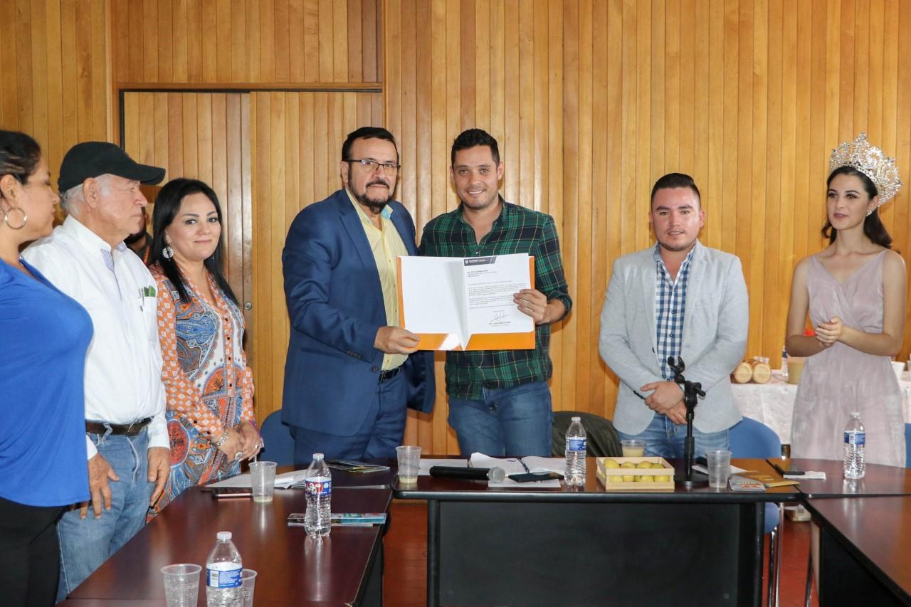 Inician acercamiento para hermanar Calvillo con Puerto Vallarta