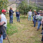 Estudiantes de la UTNA aprenden en los huertos de Calvillo