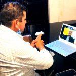 Mantiene Adán Valdivia contacto con paisanos radicados en EU